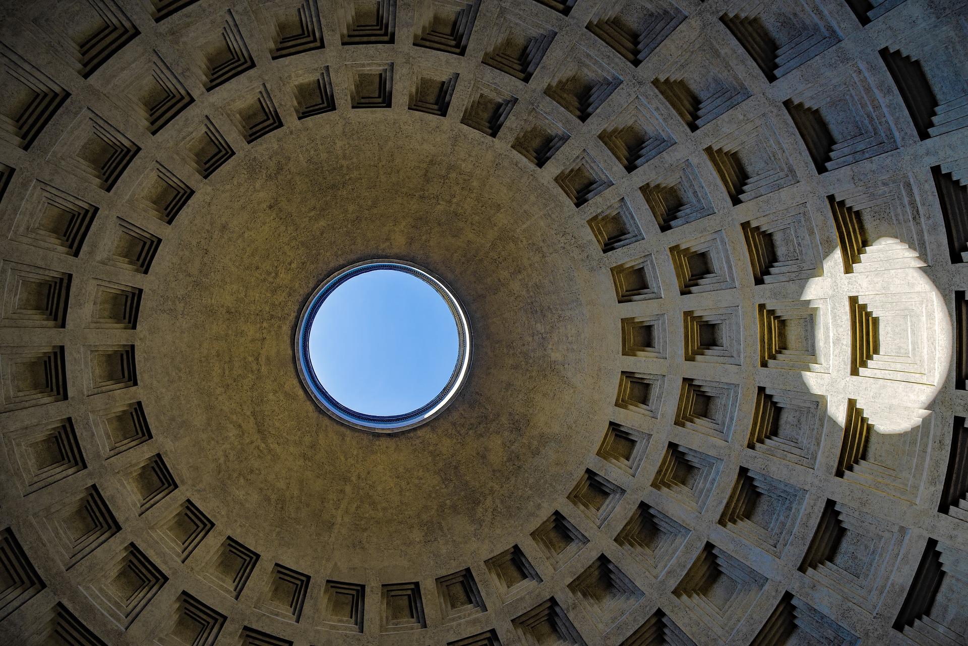 Blick in die Rotunde des Pantheons. Quelle: pixabay/djedj. CCO.