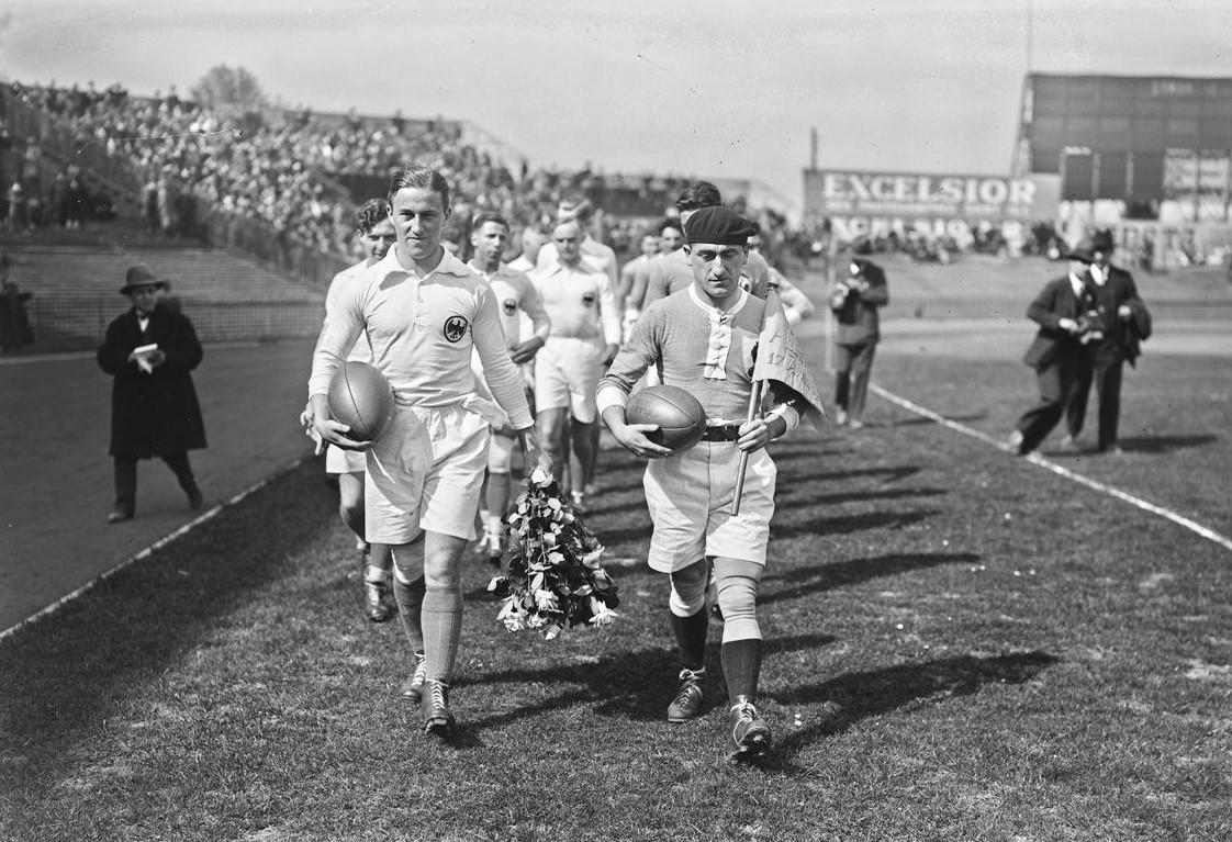 17.04.1927, Colombes: Frankreich-Deutschland (Quelle: gallica.bnf.fr/ BnF, Agence Roll)